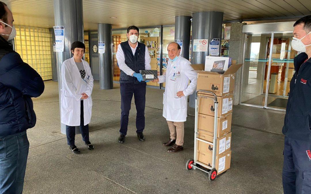 """El Rotary Club de Pontevedra hace la segunda entrega de 20 tablets al hospital de Montecelo para las personas aisladas por coronavirus  – """"ROTARY CONECTA EL MUNDO Y A TI CON LOS TUYOS»"""