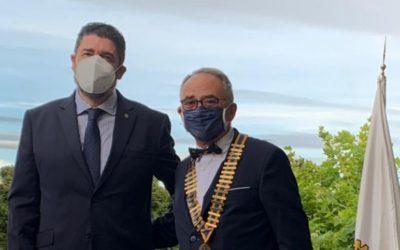 Cena cambio collar presidencial
